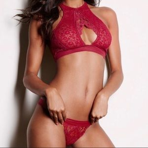 Victoria's Secret red keyhole lingerie set -MEDIUM